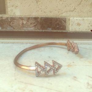 Jewelry - Rose gold clamp bracelet.